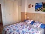Dormitorio y armario empotrado