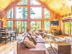 Spectacular Great Room with Mnt Views