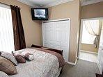 Downstairs Queen Room w/Shared Bath & Flat Screen TV