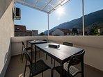 R3(2): terrace