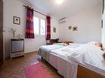 R4(2+1): bedroom