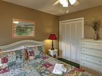 Retire to the welcoming bedroom for a good night's sleep.