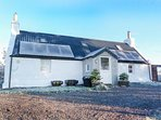BRAEVAAL, crofter's cottage, stunning views, enclosed garden, woodburning stove,