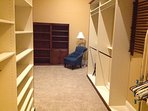 Pantry and walk-in closet off master