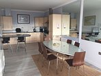 open plan dining and breakfast bar