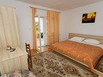 A5(8): bedroom