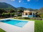 28 m2 private swimming pool!