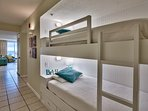 Built-in comfortable bunk beds