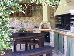 BBQ, wood burning oven, dining seating