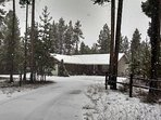 Enjoy Skiing, Hiking, Fishing and the great outdoors from The Cozy Cabin