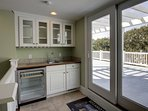 Upstairs Wet Bar Great for Entertaining