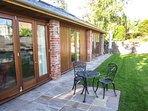 CLOCK COTTAGE, all ground floor, woodburner, lawned garden, Abergavenny, Ref