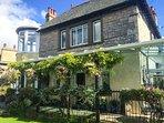 KENTRIGG HOUSE superb detached house, spa pool, covered veranda, woodburning stove, Kendal, Ref 943674