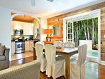 Chick-a-pea's Cottage sleeps 7 - dining