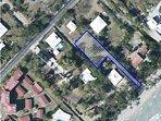 vue aérienne situation villa et chemin d'accès plage