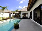 Nice 3 bedrooms villa with swiming pool and garden wooden bungalow