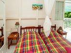 studio à 2 lits, moustiquaires et climatisation kitchenette,WIFI, coffre fort, magnifique VUE MER.