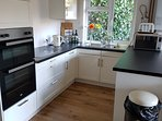 Double oven fully fitted Kitchen light and airy