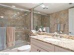 Guest Bathroom tub/shower