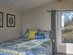 The bunk house also offers additional sleeping & a relaxing space to unwind.