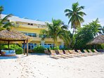 Grand Cayman Luxury Villa on Seven Mile Beach in Cayman Islands. Six bedrooms on the beach!