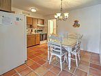 The kitchen is the perfect space to serve delicious meals and etnertain.