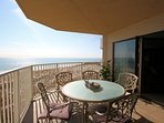 Panoramic unobstructed views of the white-sand Destin beaches and the sparkling emerald Gulf!