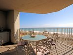 Unobstructed panoramic views of the white-sand Destin beaches and the sparkling emerald Gulf!