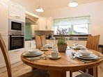 Open plan fitted kitchen/dining/lounge