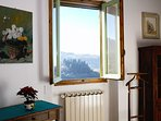 Second double room with view on the Tuscan hills