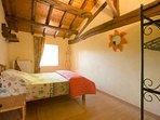 Chambre avec 2 lits de 80 par 190