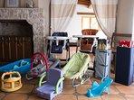 Le matériel de puériculture mis à disposition gracieusement pour les bébés.