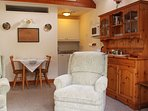 Living area / Kitchenette