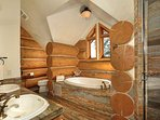 Paradise Mountain Master Ensuite Bath