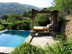 Day bed offers mountain and valley views