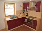 Kitchen with Oven, 4 Plate Ho, Microwave & fridge freezer