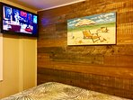 Queen Size Bed Flat Screen TV