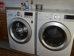 NEW Washer and Dryer at 445 Monroe!