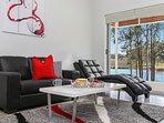 Hunter Valley Accommodation - Ironbark Villa 4 - Living Room