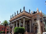 The Teatro Juárez is about 3 minutes walking from the LOFT.