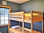 The final bedroom has 2 twin-over-twin bunk beds.