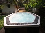 Outdoor whirlpool tub