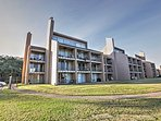 Book this fabulous vacation rental condo for the ultimate Texas getaway!