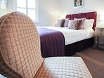 King bedroom, sink into the Egyptian cotton sheets!