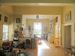 Adavnan Lodge, Main Room. Free access to the Birr Castle Gardens just across the road.