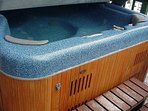 Hot tub Bedroom Level deck