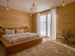 Separates Doppelzimmer mit Badezimmer, Tv und Terrasse. Buchbar in kombination mit Appartement
