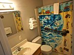 Surf du Soleil has two bathrooms