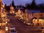a short 10 min walk to downtown Nevada City