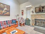 The 2BR, 2-bath townhome by Big Boulder Lake accommodates up to 8 guests.